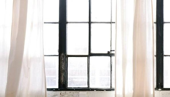 窓際の画像