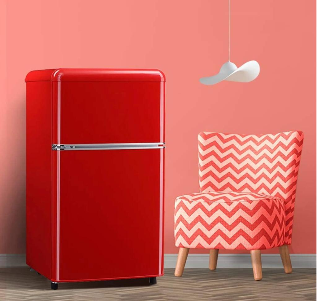 赤い冷蔵庫
