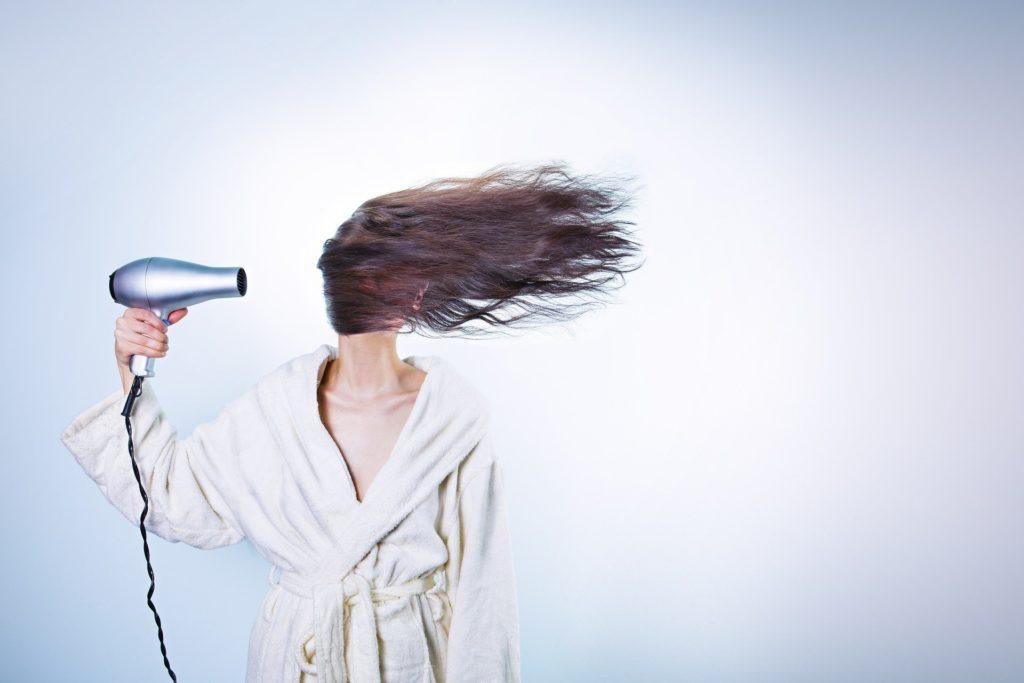 髪を綺麗に伸ばす方法